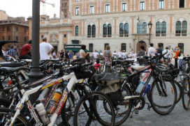 Italian Bike Sales Outnumber Cars