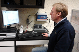 FYN Benelux-Distributor for Battery Condition Tester