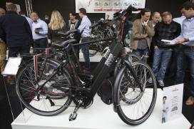 歐盟最大的電動自行車商展示其高速電動輔助自行車