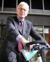 ETRA Hands over Bike to President EU-Parliament