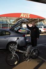 Avis London Gets on e-Bikes