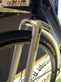 Suntours Swing Suspension System in Production
