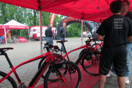 SRAM/ Specialized Urban Dealer Tour Kicks Off with World Premieres