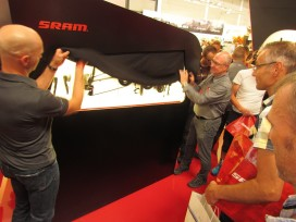 SRAM Lifted Curtain on Electronic Shifting