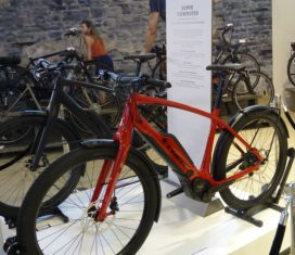 Trek Focuses on Younger E-Bike Buyers with New Super Commuter