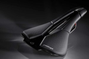 Prologo launches the new family Scratch: super light, ergonomic and suitable for all types of use