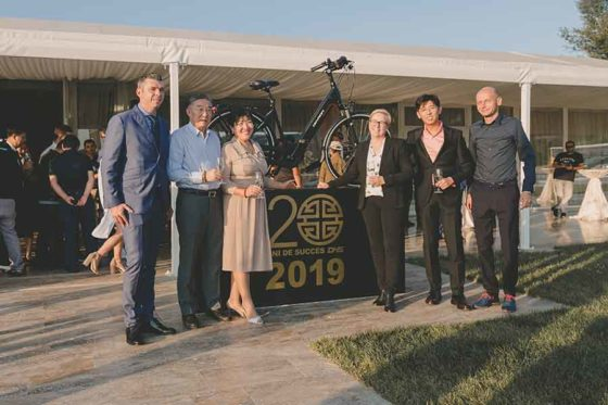 From left to right; Ionut Pert, Devron Europe GM, Niu Guanghui, Eurosport DHS Board Chairman, Yang Xi, GM of Eurosport DHS, Severine Lönne MD of Prophete, Yang Tianqi CEO of Eurosport DHS and production manager Catalin Ursut. – Photo Eurosport DHS